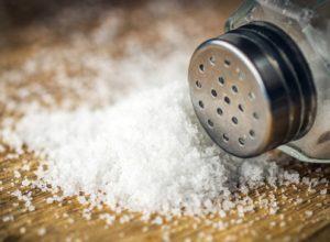 چهار روش برای رفع شوری غذا