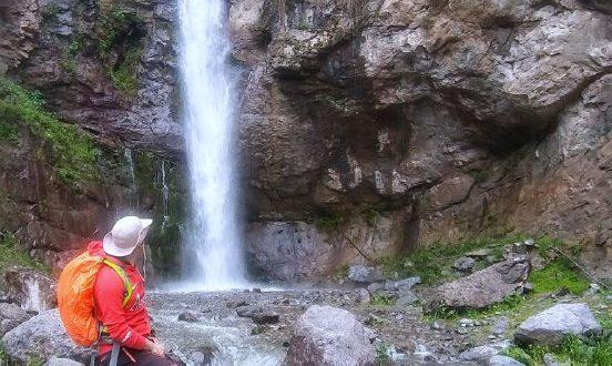 آبشار دیدنی دیمولی در آذربایجان شرقی