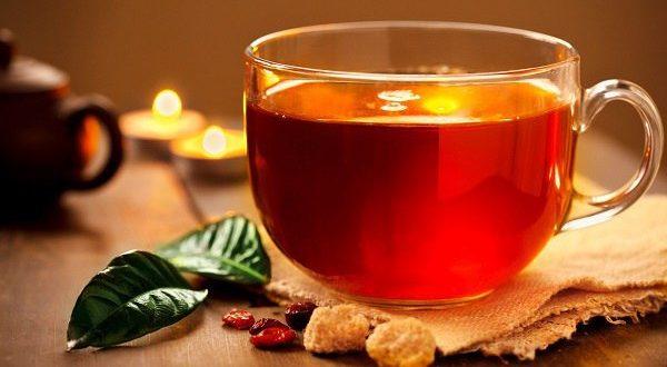 چای میکروب های دهان را کاهش می دهد