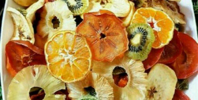 میوه های خشک مانند خرما، انجیر
