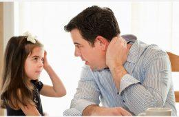 با تمام وجود به کودکتان گوش فرا دهید