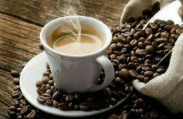 ️ با معده خالی قهوه ننوشید.