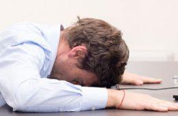 بدن انسان هرگز برای نشستن روزی ۸ ساعت در پشت یک میز ساخته نشده است