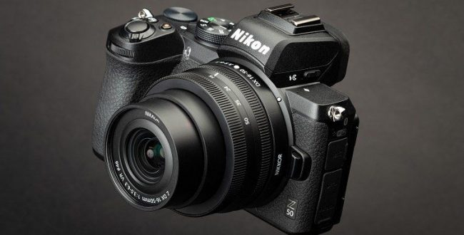 اولین دوربین بدونآینه مانت Z با سنسور ۲۱ مگاپیکسلی APS C