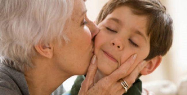 عدم بروز علایم بیماری در سنین