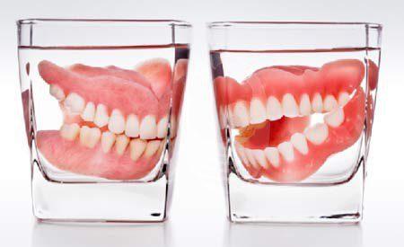 سن بی دندان شدن