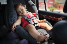 دو کودک کرمانشاهی با غفلت والدین در گرمای خودرو جان باختند