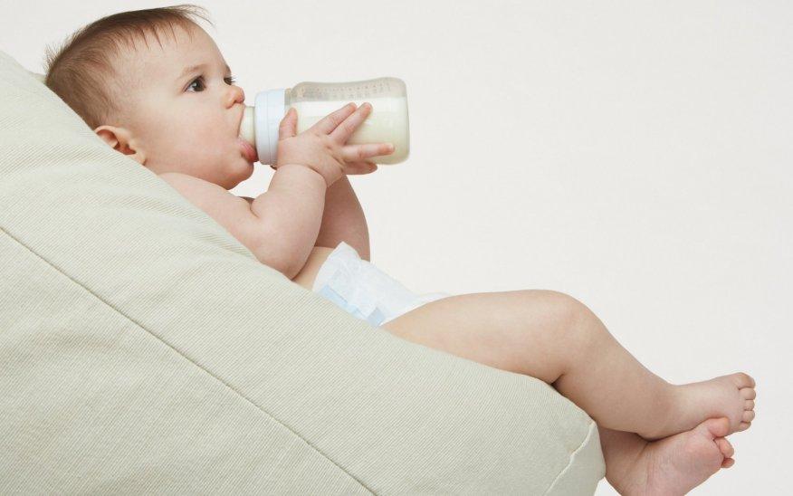عوارض شیرخشک بر کودک